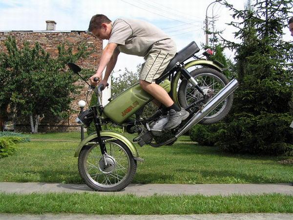 Увеличить начался сезон мотоциклов